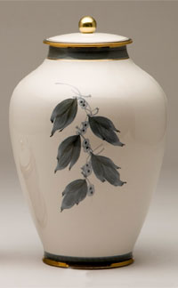 Pottery cremation urns - green design
